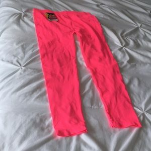 Hot pink cropped leggings NWT